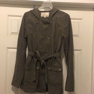 Women's RVCA jacket. Size Medium. EUC
